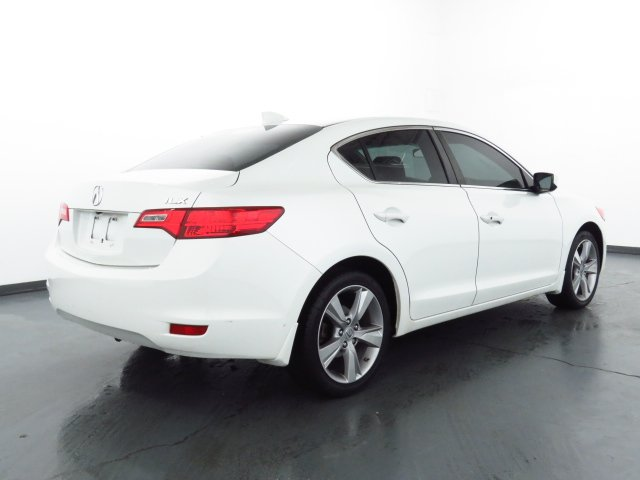 Pre-Owned 2014 Acura ILX 2.0